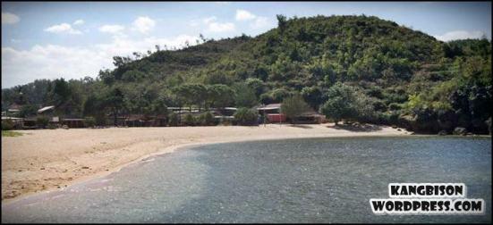 Pantai drini gunung kidul jogjakarta yang tenang dan enak buat main air